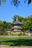 Hyang-Won-Jung Pavilion in the grounds of Gyeongbokgung Palace in Seoul Stock Photo
