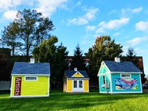 Free Hyannis Colorful Artists Small House Buildings Royalty Free Stock Image - 134949116