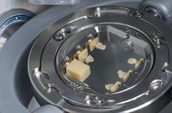 Hybrid- keramik: komposit och keramik in i malningmaskinen arkivfoton