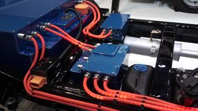 Hybrid- lastbilsystem lager videofilmer