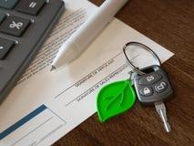 Hybrydowy lub Elektryczny Samochodowej pożyczki obliczenie Fotografia Stock
