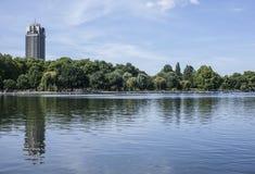 Hyde Park, der See Lizenzfreie Stockfotos