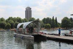 Hyde Park London Serpentine Lake imágenes de archivo libres de regalías