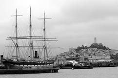 Hyde Street Pier i fiskares hamnplats i San Francisco - CA Royaltyfri Fotografi