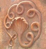Hyderabad, Indien - 1. Januar 2009 ging Terrakottastatue von sieben Schlange voran Lizenzfreies Stockbild