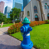 Hydrantblau in Houston Clay St Downtown lizenzfreie stockfotografie