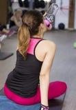 Hydratie in de gymnastiek stock afbeelding