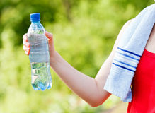 Hydration during workout Royalty Free Stock Photos