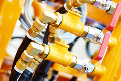 Hydraulicznego naciska drymby i podłączeniowi dopasowania przemysłowy wyposażenie Obraz Stock