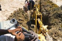 Hydrauliczny ekskawator pracuje w budowie Fotografia Royalty Free