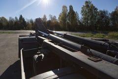 Hydraulik på en lastbil royaltyfri fotografi