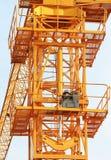 Hydraulik-Wagenheber der Vorderansicht des Turmkrans Lizenzfreies Stockfoto