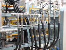 Hydraulikleitungen in der Industrie Stockfoto