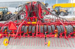 Hydraulische actuators op scharnierend materiaal stock fotografie