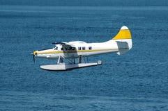 Hydravion jaune Photos libres de droits