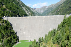 The hydroelectric dam of Sambuco on maggia valley Stock Image