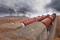 Hydroelektrische Anlage im Energieenkonzept Lizenzfreies Stockbild