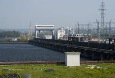 Hydroelektrisk pumpad lagringsflod Arkivbilder