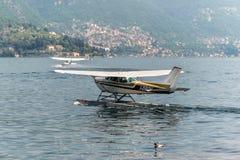 Hydroplane Cessna im Como See, Italien Lizenzfreie Stockfotografie
