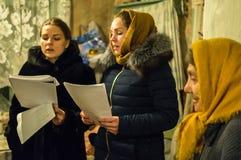 Hymnes de louange pour Noël le 8 janvier 2016 dans la région de Kaluga (Russie centrale) images libres de droits