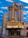 Hyperionvoorgevel op Hollywood-Boulevard, het Avonturenpark van Disney Californië Stock Afbeelding