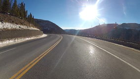 Hyperlapse μέσω μιας εθνικής οδού βουνών απόθεμα βίντεο