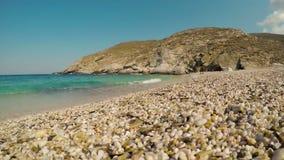 Hyperlapse da praia de Zorkos na ilha de Andros em Grécia video estoque