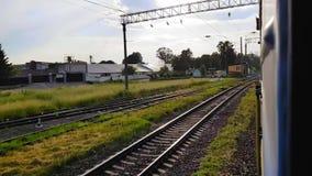 Hyperlapse de la fenêtre du train de voyageurs clips vidéos