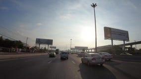 Hyperlapse de time lapse de Point of View a través del camino por la mañana, Bangkok, Tailandia