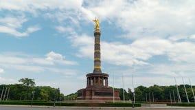 Hyperlapse de Victory Column es una atracción turística importante en la ciudad de Berlín simboliza a militares alemanes almacen de metraje de vídeo