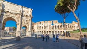 Hyperlapse del timelapse de Colosseum o del coliseo, también conocido como Flavian Amphitheatre en Roma, Italia almacen de video