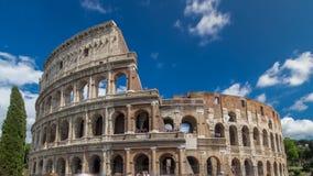 Hyperlapse del timelapse de Colosseum o del coliseo, también conocido como Flavian Amphitheatre en Roma, Italia almacen de metraje de vídeo