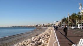 Hyperlapse des leeren Strandes von Nizza, Frankreich stock footage