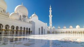 Hyperlapse timelapse шейха Zayed Грандиозн Мечети в Абу-Даби, столице Объединенных эмиратов видеоматериал