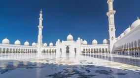 Hyperlapse timelapse шейха Zayed Грандиозн Мечети в Абу-Даби, столице Объединенных эмиратов сток-видео