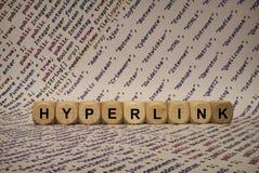 Hyperlink - sześcian z listami i słowami od komputeru, oprogramowanie, internet kategorie, drewniani sześciany zdjęcia stock