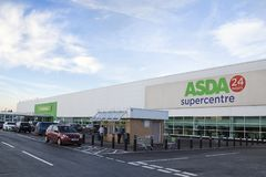 Hypermarché d'Asda Photo stock