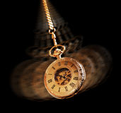 Hypnotizing o relógio de bolso Fotos de Stock