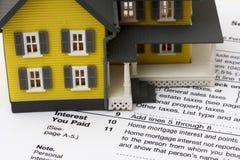 Hypotheken-Zinsen-Abzug Lizenzfreies Stockfoto