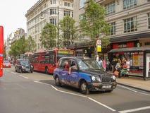 Hyrdroska som TX4 kallas också London taxi Royaltyfri Bild