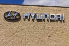 Indianapolis - Circa September 2017: Hyundai Motor Company Dealership. Hyundai is a South Korean Manufacturer XII Stock Photography
