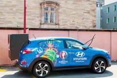 Hyundai Tucson, offizielles Partnerauto von UEFA-Trophäe Lizenzfreie Stockfotos