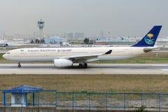HZ-AQA Saudi Arabian Airlines, Airbus A330-343 Image stock
