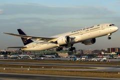 HZ-ARA Saudi Arabian Airlines, Boeing 787-9 Dreamliner Foto de Stock Royalty Free