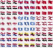 Iémen, Coreia norte, Turquia, Geórgia, a Antártica, Polinésia francesa, Paraguai, Equador, Síria Grupo grande de 81 bandeiras ilustração do vetor