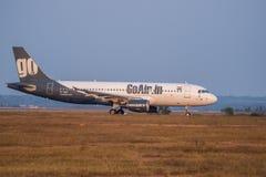 Iść Lotniczy Aerobus 320-Stock wizerunek Obrazy Royalty Free
