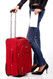 iść na piechotę czerwone s walizki kobiety Zdjęcia Royalty Free