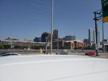 I35达拉斯得克萨斯地平线街道视图  免版税库存照片