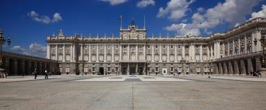 παλάτι της Μαδρίτης βασιλ&i Στοκ Εικόνες