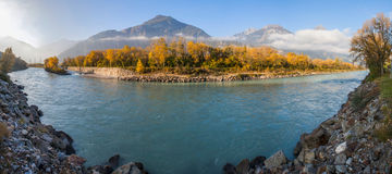 Река Рон i Стоковое Изображение RF